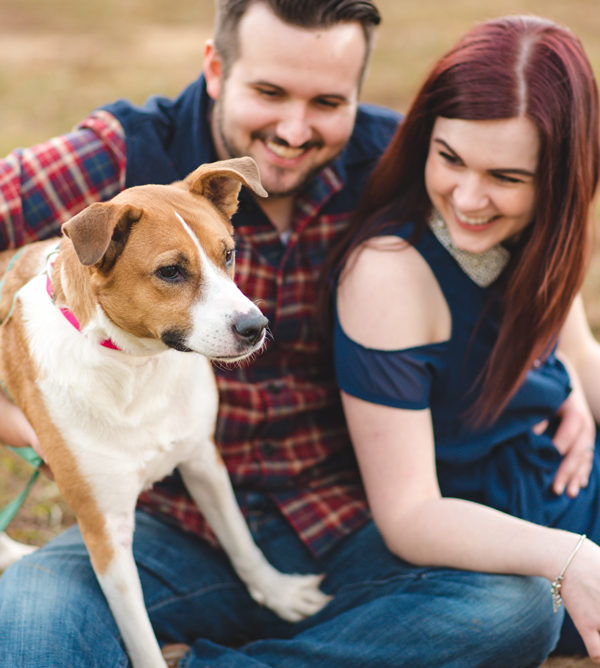 couples photos with dog